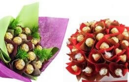 Sweet bouquets of candies or melt the heart of ladies