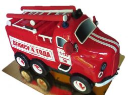 cake in the form of fire truck
