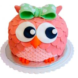 cake in the form of owl