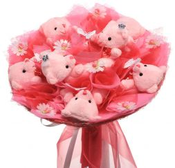 Bouquet of bears pink