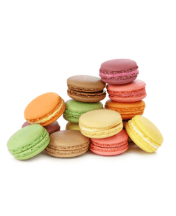 french pastries macarons