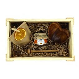 gift set with tea and honey