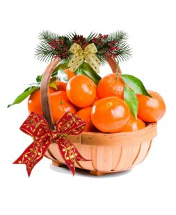 holiday gift basket with tangerines