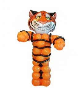 cat Garfield from air balloons