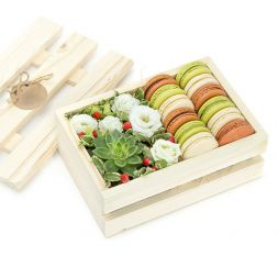 """Flowers and macarons"" in a wooden box"