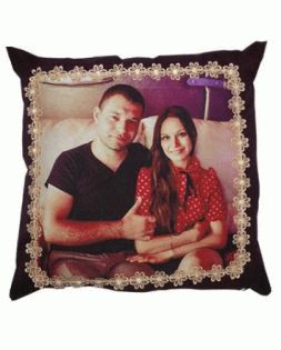 Square pillow with print