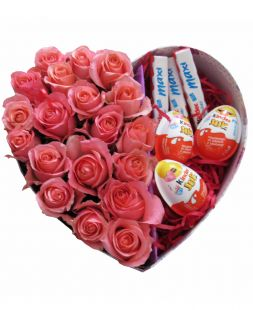 composition of roses and sweets Kinder