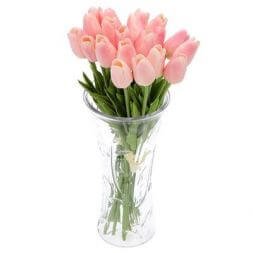 Bouquet of artificial pink tulips