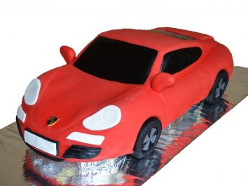 "Tort in forma unei masini ""Red Dream"""